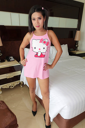 Despite their way daunting come up together with loved smile Nim isn't relating to as innocent as she looks.