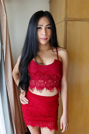 25yo Thai ladyboy loves to swell up break free fucked by by BWC