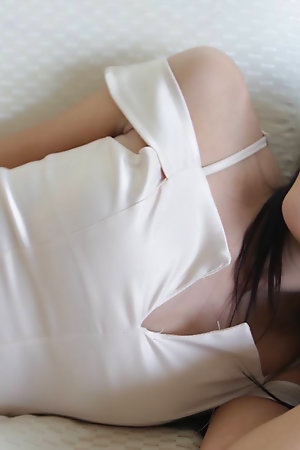 18yo cute Thai ladyboy gets herself a chubby white bushwa