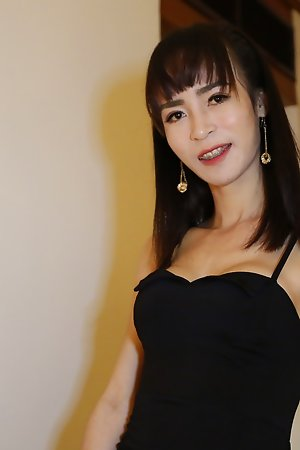 24yo busty Thai ladyboy sucks gone a big white tourist blarney