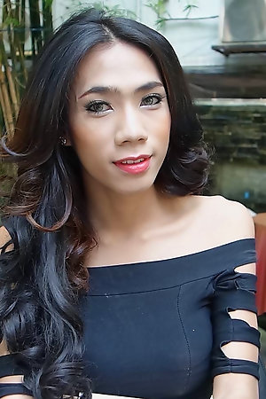 19 excellence old sexy and sweltering Thai ladyboy sucks off lifeless cock